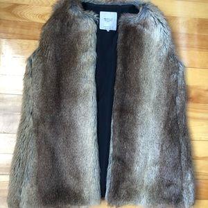 Zara faux fur vest. Med. only worn once.